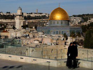 En la imagen, una vista general de la Cúpula de la Roca en Jerusalén, el 4 de diciembre de 2017. REUTERS/Ronen