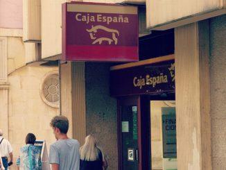 Una oficina de EspañaDuero en León capital