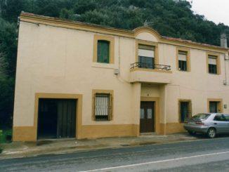 Antigua sede del Centro Obrero y Minero de Camargo, construido por los trabajadores de la mina La Paulina en 1911.
